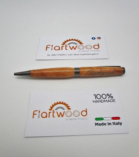 Customizable pen with name